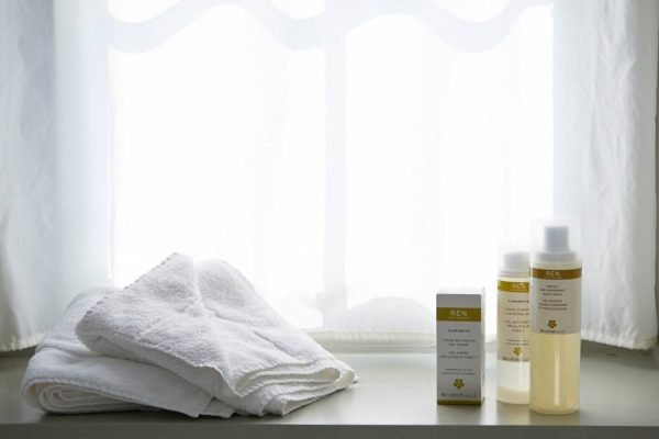 spa-woodbridge-ren-products2