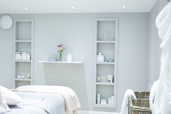 spa-woodbridge-massage-room