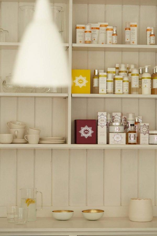 spa-woodbridge-products-wall
